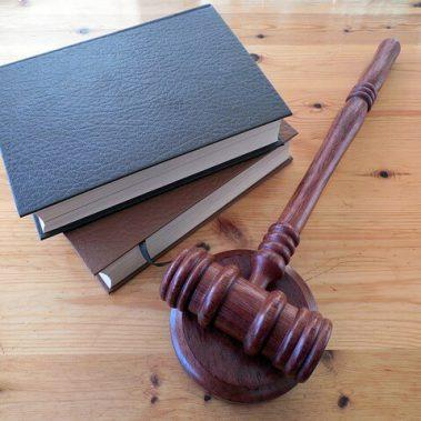 איך מגישים תביעה בבית המשפט לתביעות קטנות?