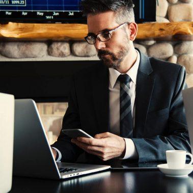 בחירת עורך דין פתיחת חברה – מה השיקולים המרכזיים?